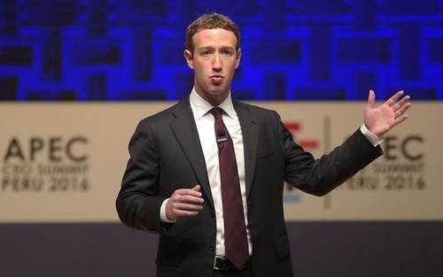 """""""La revolución de la conectividad"""" fue el tema abordado por el fundador y CEO de Facebook, Mark Zuckerberg, en Lima, Peru."""