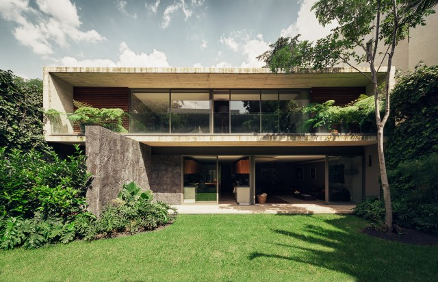Intimate And Luxurious Casa Sierra Leona In Mexico
