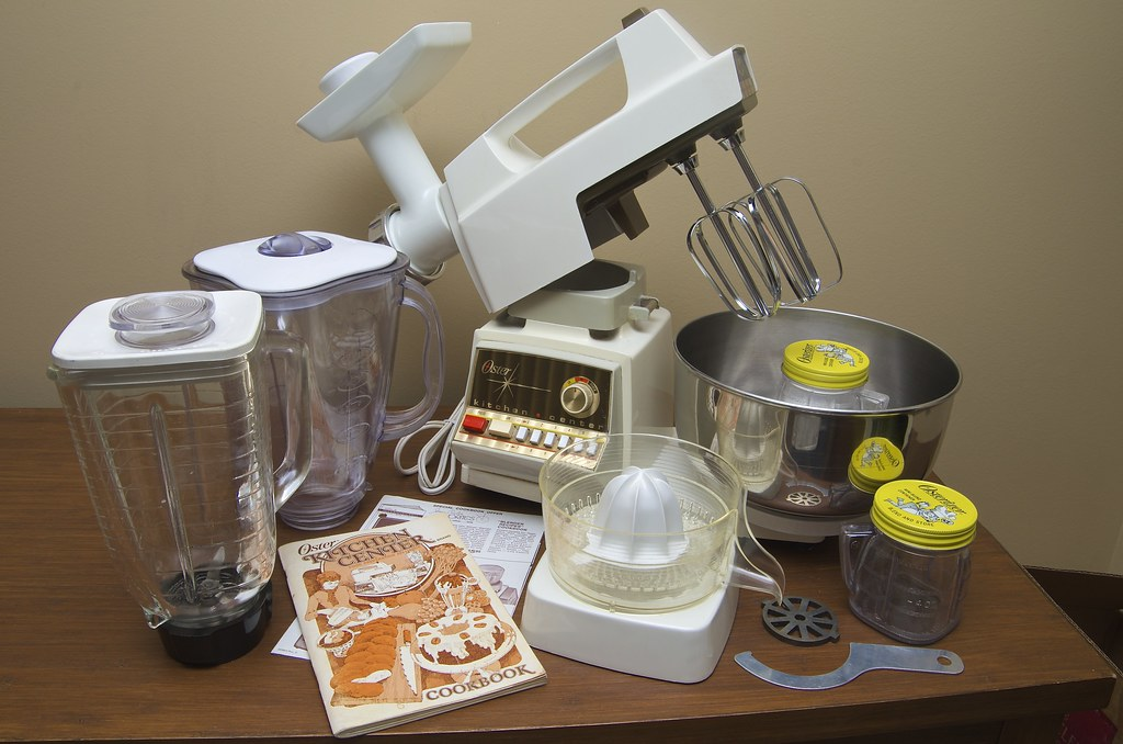 Oster Kitchen Center Blender Mixer Juicer Grinder 01 Flickr