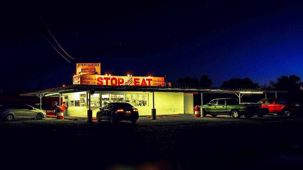 Stop and Eat Drive-In - 208 Paseo De Onate, Española, New Mexico U.S.A. - November 3, 2015
