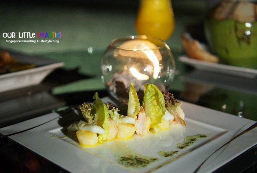 Dinner at Nelayan 3