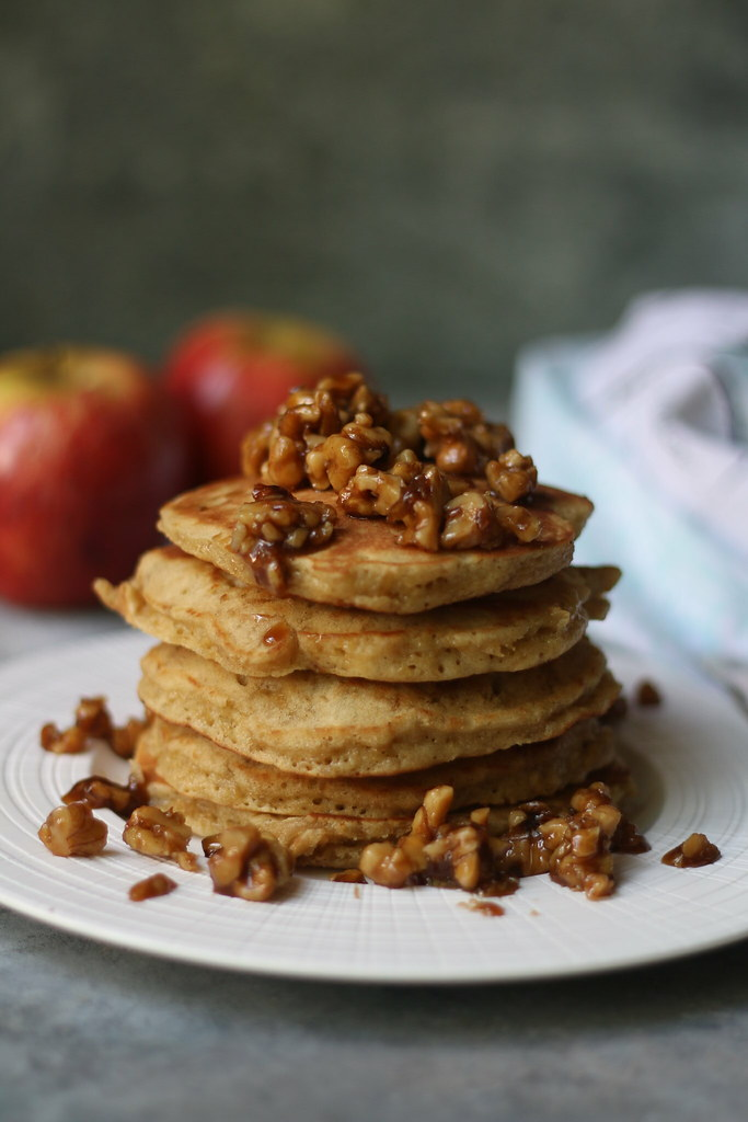 Apple Cake- Pancake with Candied Walnuts |foodfashionparty| #applecake #pancake #applecakepancake