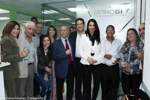 Directiva de Latino Bi, en la reinauguración de su sede en Caracas, Venezuela