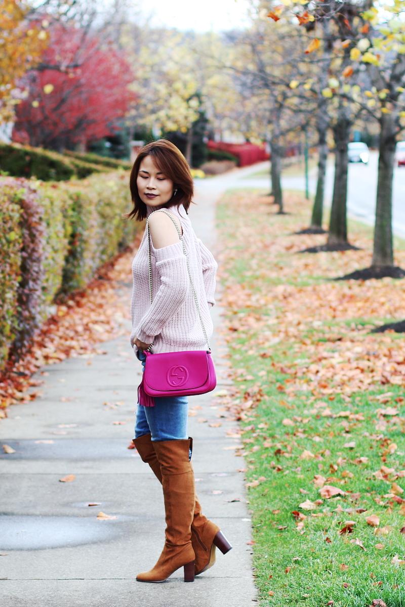 cold-shoulder-pink-sweater-gucci-bag-otk-5