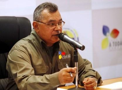 Se activo el 0800-ANTENAS (0800 2683627),para recibir los reportes de la comunidad. En la foto el ministro Néstor Reverol.