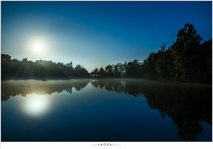 Nu al een van mijn favoriete maanverlichte landschapsfoto's (6:29 uur) (ISO800 - f/8 - 20sec - brandpunt 24mm)