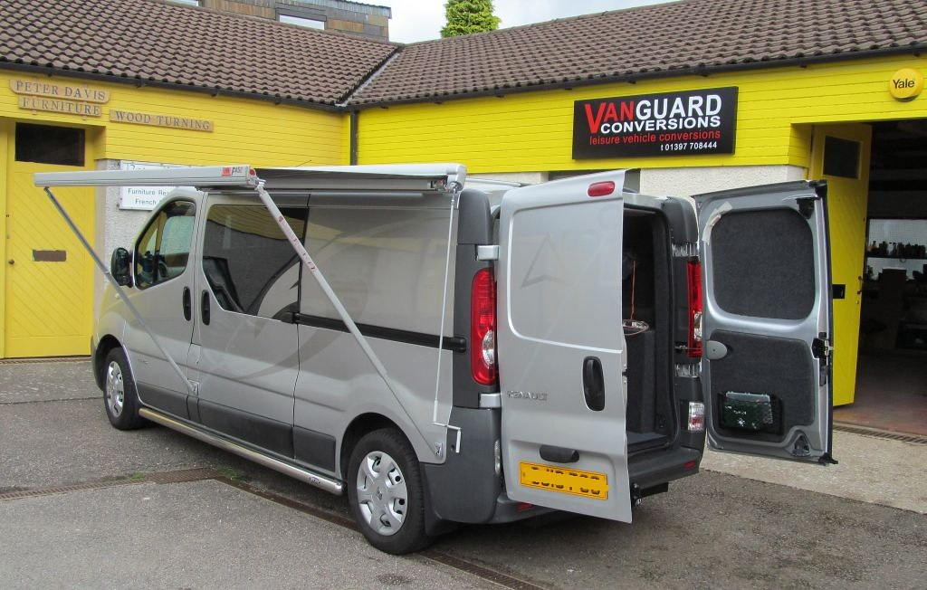 Renault Trafic Conversion