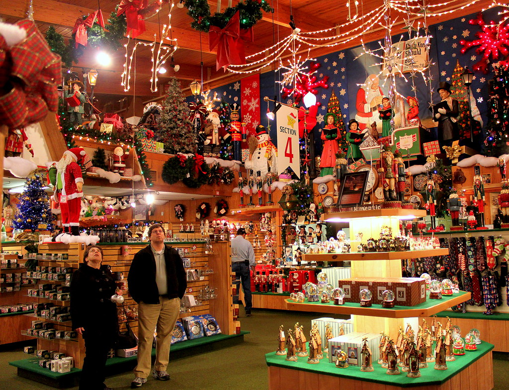 Largest Christmas Shop Michigan