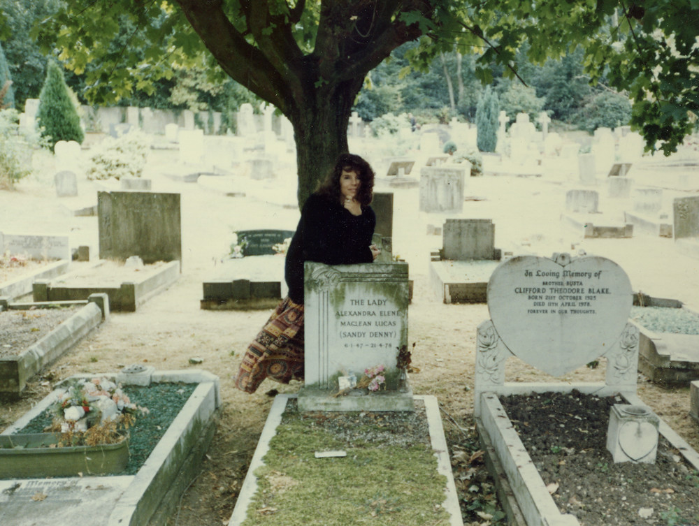 At Sandy Denny S Grave A Slightly Eerie Gust Of Wind