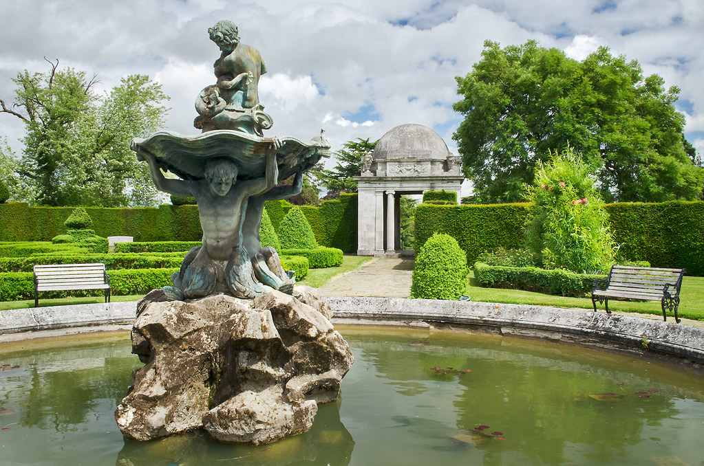 Water In English Gardens 6 Of 33 Fountain In Italinate