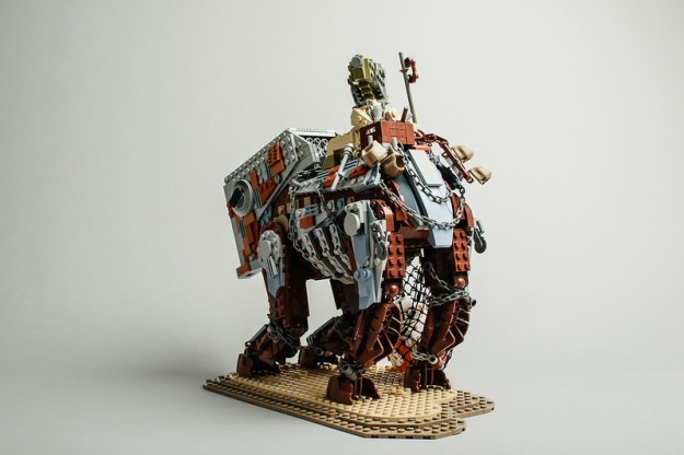 Teedo's Luggabeast (back) by Robert Lundmark