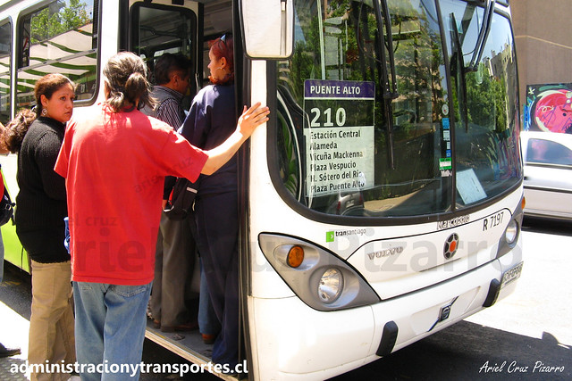 Transantiago - 210 | Subus Chile | Marcopolo Gran Viale - Volvo / BJFG86 - 7197