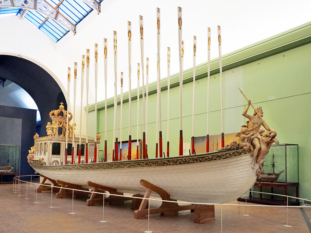 Le Canot De L Empereur Mus 233 E National De La Marine Flickr