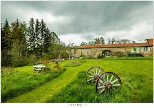Chambres et Tables d'hotes La Fougeraie, een omgebouwde kasteelboerderij van het aangrenzende chateau Folgoux, waar we gedurende een week zullen verblijven