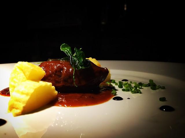 Carrillera con vadouvan o curry francés
