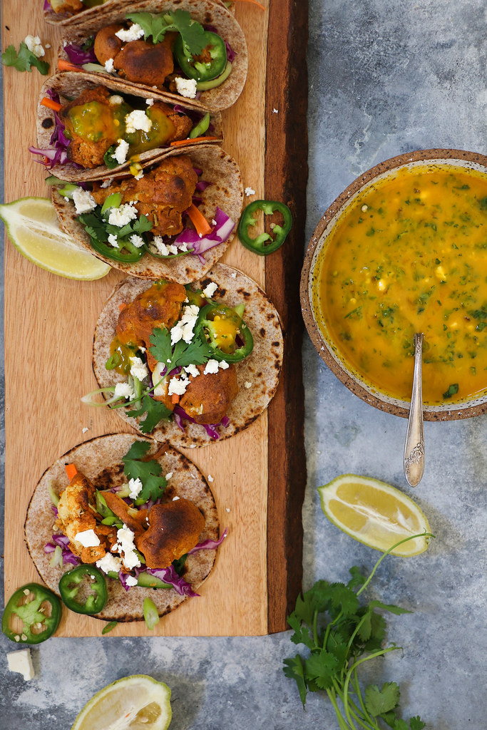 Spicy Baked Cauliflower Fritter(pakoda) TACO with Mango Sauce and Red cabbage Slaw(Vegan) |foodfashionparty|