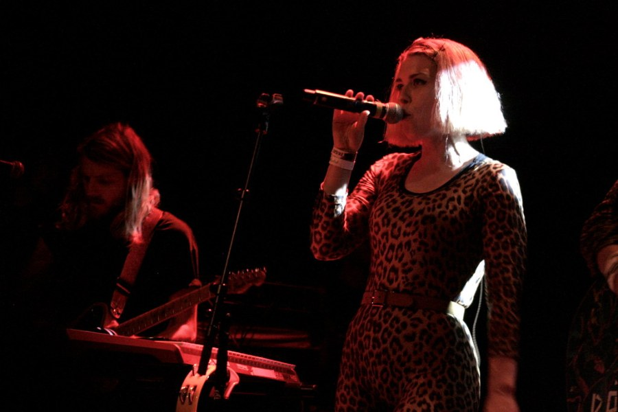 rbf16_tag2_11_grouplove