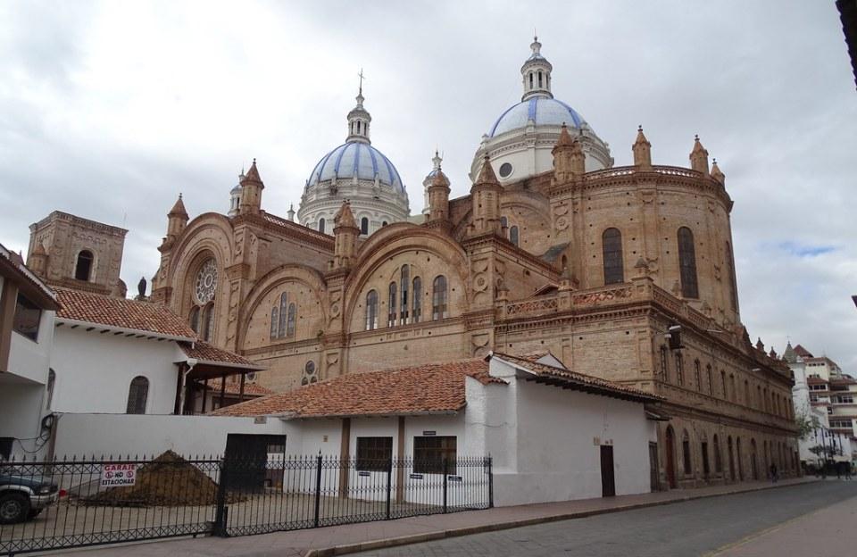 Catedral de la Inmaculada Concepcion de Cuenca Ecuador 04