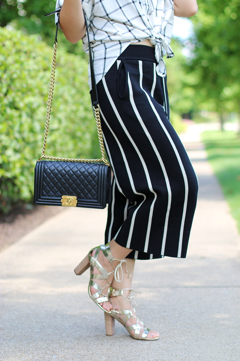 versona-pants-stripes-chanel-bag-banana-republic-sandals
