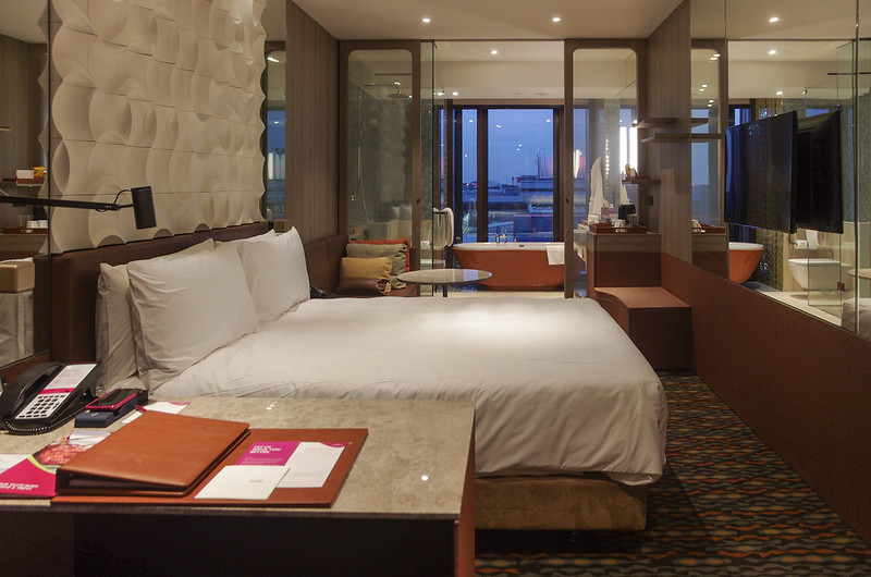 Hotel Review Crowne Plaza Changi Airport New Wing