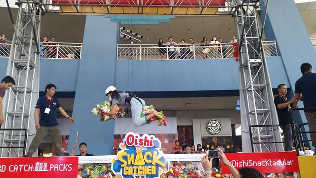 Oishi Snacktacular 2016