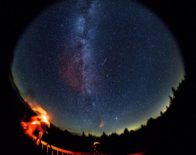 Perseid Meteor Shower (NHQ201608120004)