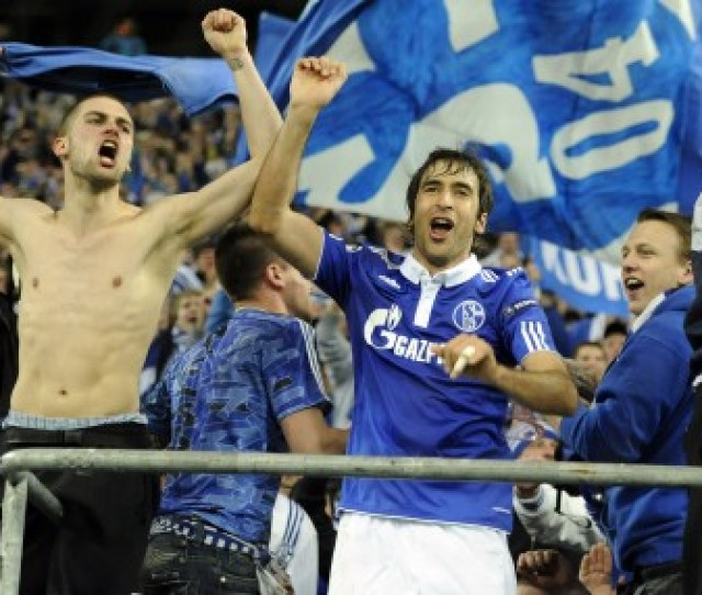 Raul Celebrates With Schalke Fans Following The German Sides Quarter Final Victory Against Inter Milan