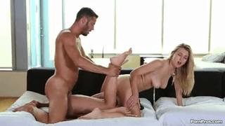 Natalia starr dan Naomi kennedy threesome sama cowok kontol panjang