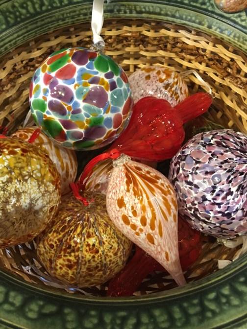 glass ornaments by eli zilke
