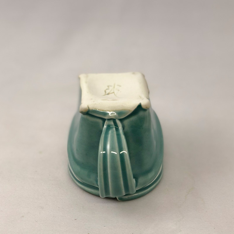 Bottom view of softly squared mug by Marion Angelica