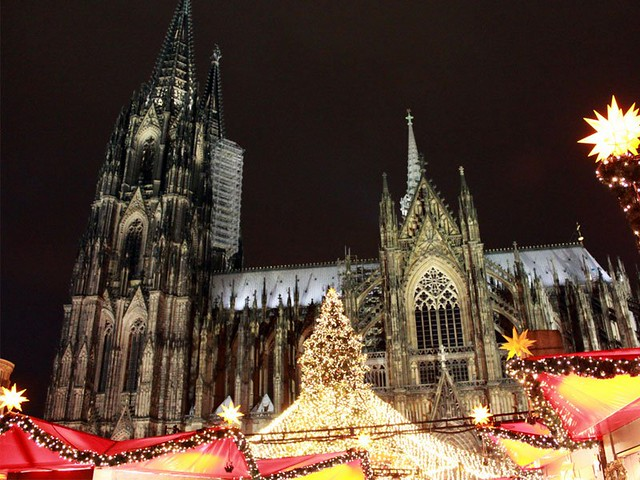 World's Most Magical Christmas Towns - 8