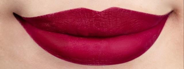 25 Snow White Lip Swatch