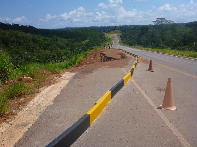 Pesquisa da CNT avalia como regular as condições de tráfego da BR-163, BR-163 - Perto de Rurópolis