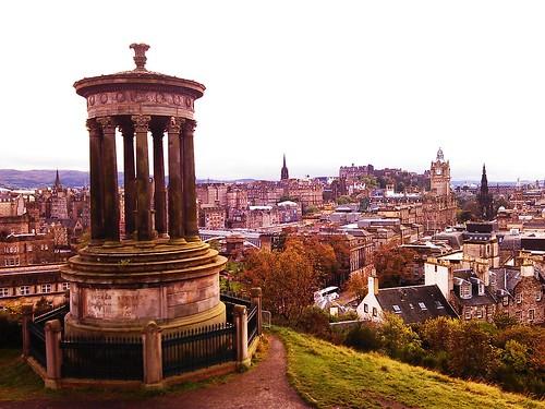 Patrimonio de la Humanidad en Europa y América del Norte. Reino Unido. Ciudad Vieja y Ciudad Nueva de Edimburgo.