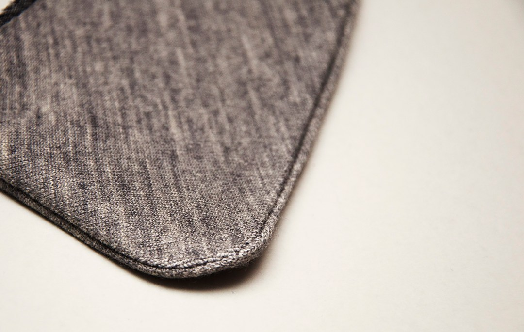 Drafting a separate uppercollar and undercollar pattern