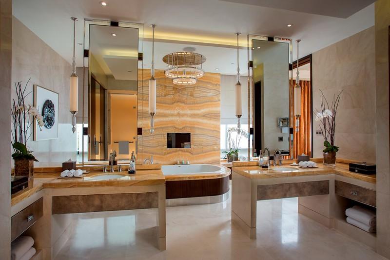 Crystal Villa bathroom