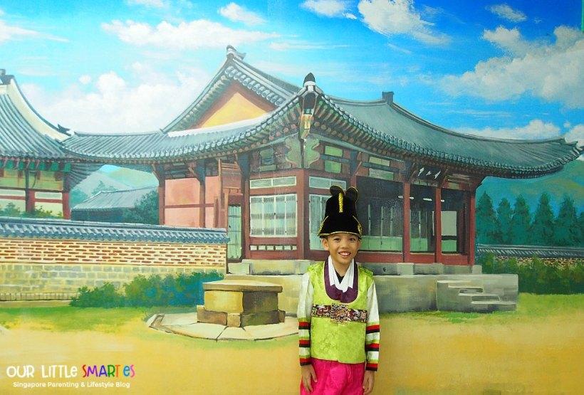 Edison in Hanbok 2