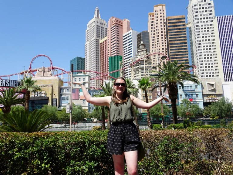Las Vegas road trip packing list - the tea break project solo travel blog