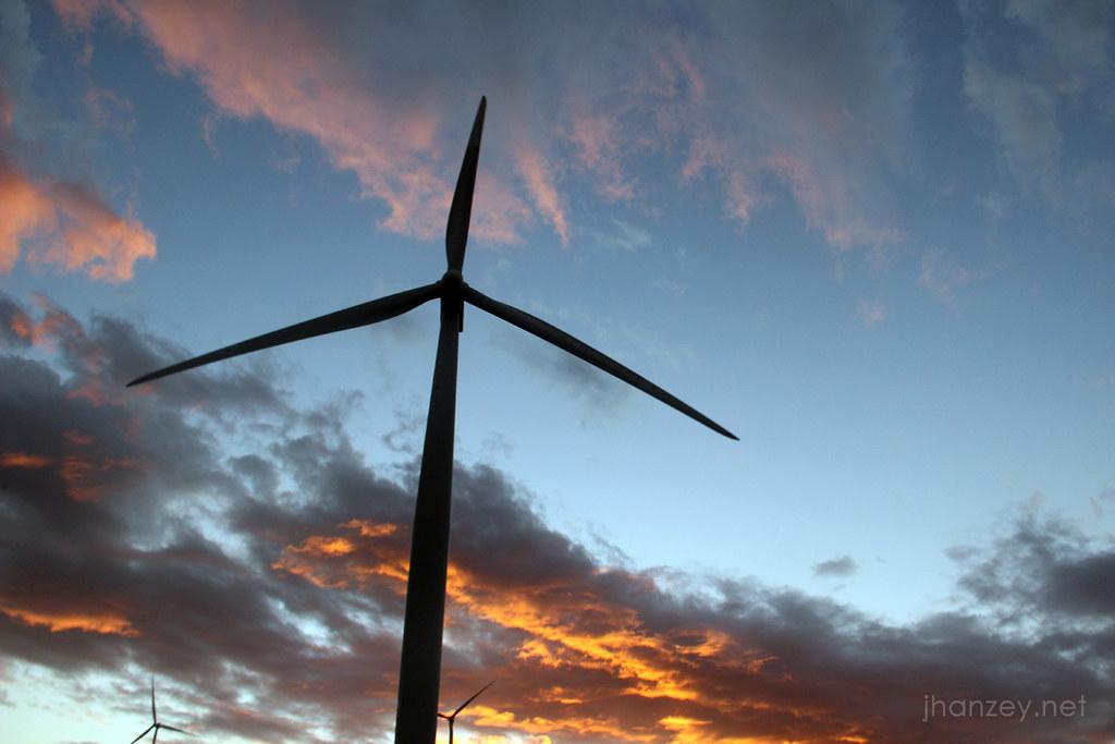 Bangui Windmills - Ilocos Norte - jhanzey.net