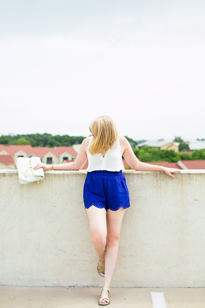 Lush sleeveless blouse, H&M scalloped cotton shorts, Saltwater Sandals