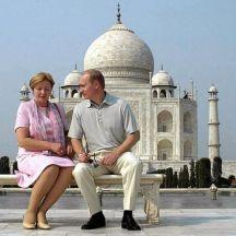 2000, Putin