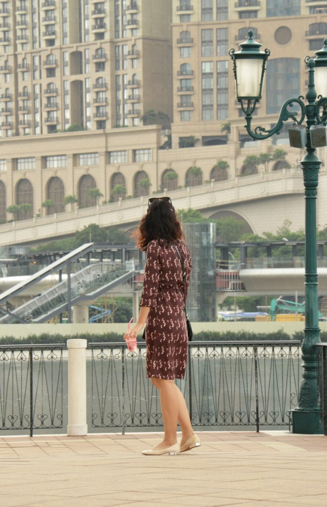 vintage retro dress, metallic flats, the venetian macao, macau, summer outfit