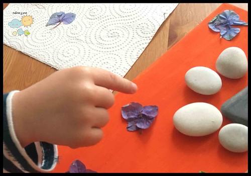 Cuadro con piedras y palitos. Manualidad DIY