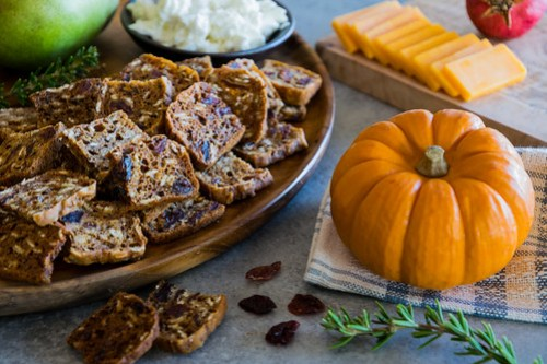 pumpkin cranberry crisps