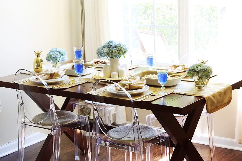 bakers-secret-gold-baking-pans-dining-tablescape-13