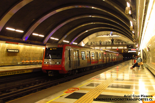 Metro de Santiago - Alstom AS2002 R4454 - Francisco Bilbao (L4)