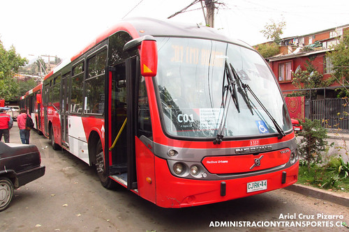 Transantiago - Redbus Urbano - Neobus Mega BRT / Volvo (CJRK44)