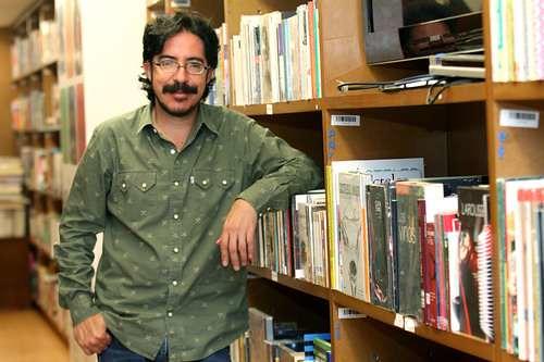 Salmerón desecha tajante la versión oficial de la Revolución Mexicana