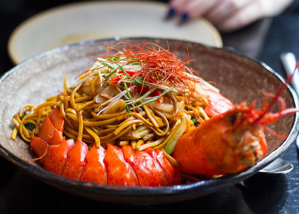 tattu-manchester-lobster-prawn-ginger-noodles
