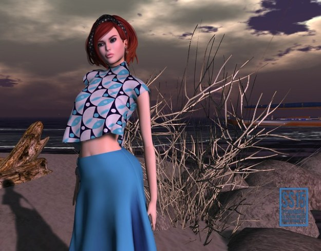 The skirt and top from Zanze for Spring Summer Fashion Week is loose, airy and oh so summery.